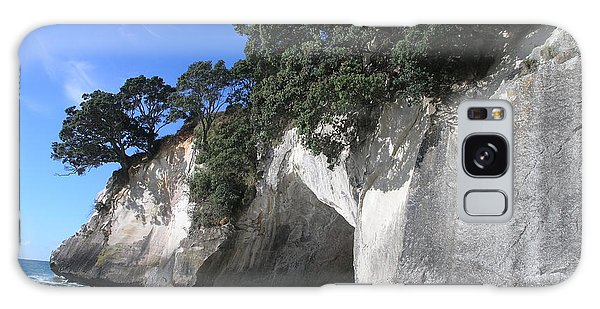 Cathedral Cove Galaxy Case by Christian Zesewitz