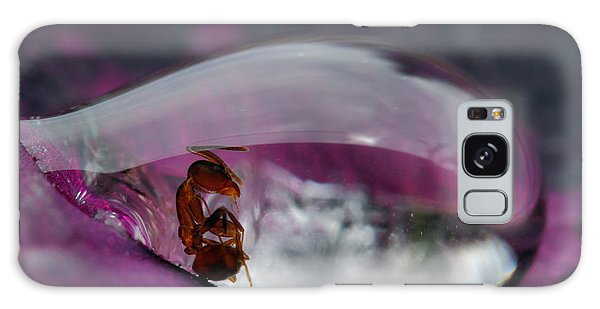 Ant Galaxy Case - Caught In A Droplet by Jimmy Hoffman