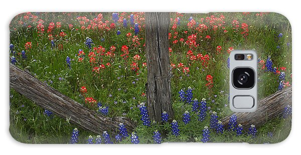 Cedar Fence In Llano Texas Galaxy Case by Susan Rovira