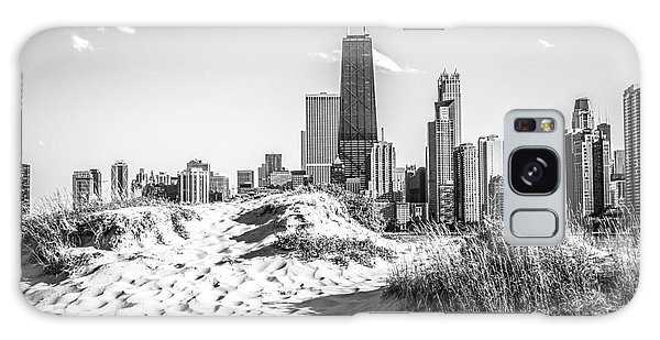 Chicago Beach And Skyline Black And White Photo Galaxy Case