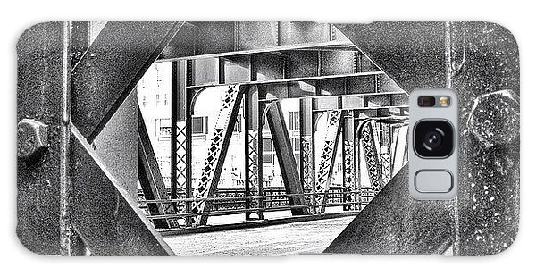 Architecture Galaxy Case - Chicago Bridge Iron In Black And White by Paul Velgos