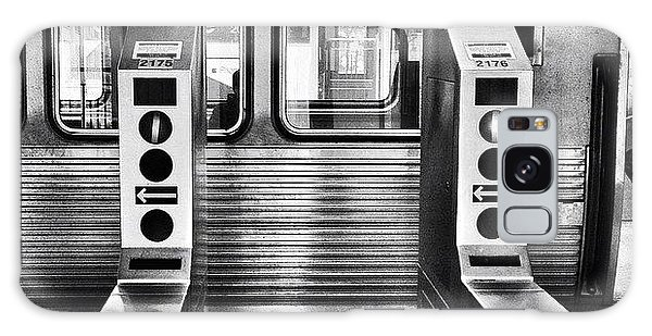 Transportation Galaxy Case - Chicago L Train Gate In Black And White by Paul Velgos