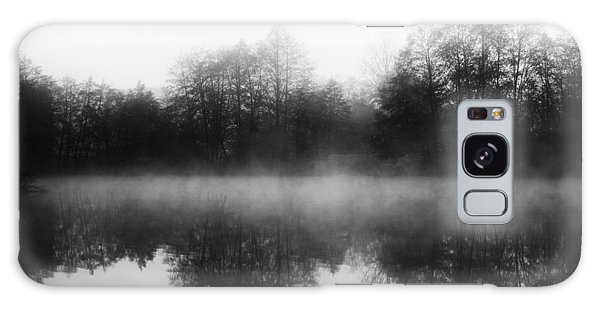 Chilly Morning Reflections Galaxy Case by Miguel Winterpacht