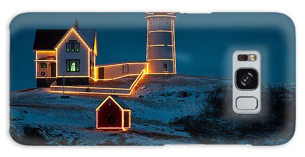 Christmas At Nubble Light Galaxy Case