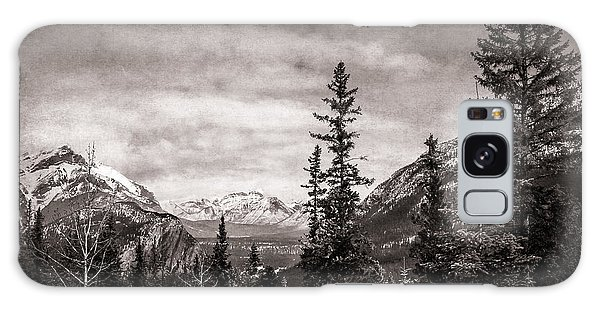 Christmas Day In Banff Bw Galaxy Case