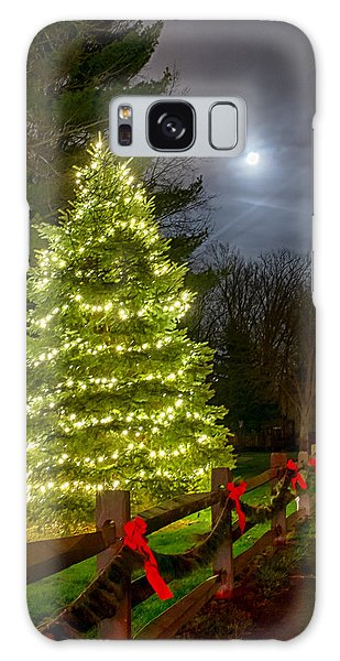 Christmas Tree And Full Moon Galaxy Case