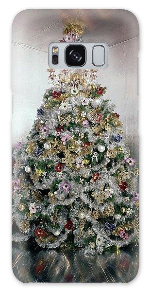 Christmas Tree Decorated By Gloria Vanderbilt Galaxy Case