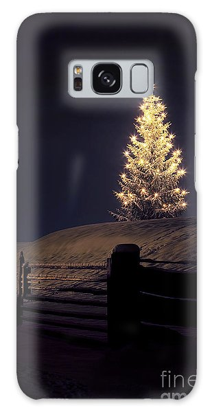 Christmas Tree In Snow Galaxy Case