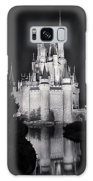 Cinderella's Castle Reflection Black And White Galaxy Case