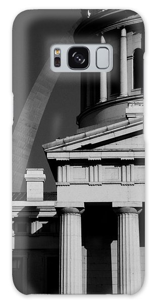 Classical Courthouse Arch Black White Galaxy Case
