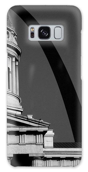Classical Dome Arch Silhouette Black White Galaxy Case