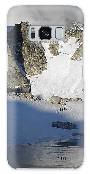 Climbers Enroute To The Bugaboo Snowpatch Col Galaxy Case