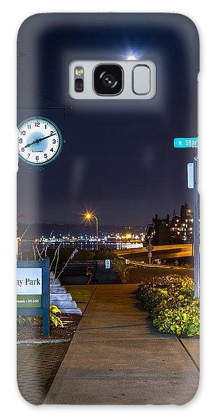 Clock At Gateway Park In Tacoma Wa Galaxy Case