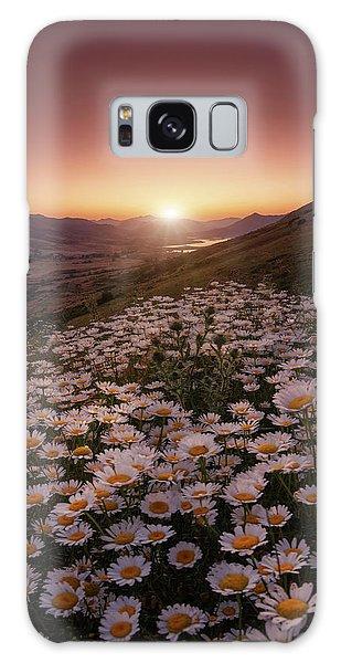 Daisy Galaxy Case - Closer To The Sun by Sergio Abevilla