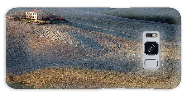 Cottage Galaxy Case - Colors Of Tuscany Sunset by Marek Boguszak