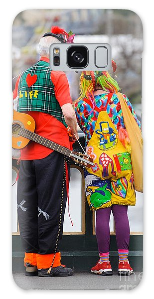Colourfully Dressed Buskers Pause On The Way Home Galaxy Case