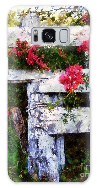 Country Rose On A Fence 2 Galaxy Case