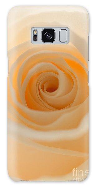 Cream Rose Galaxy Case