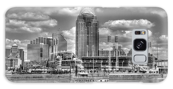 Cruising By Cincinnati 4 Bw Galaxy Case