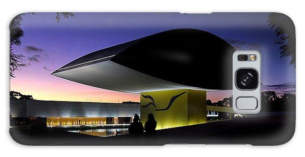 Curitiba - Museu Oscar Niemeyer Galaxy Case