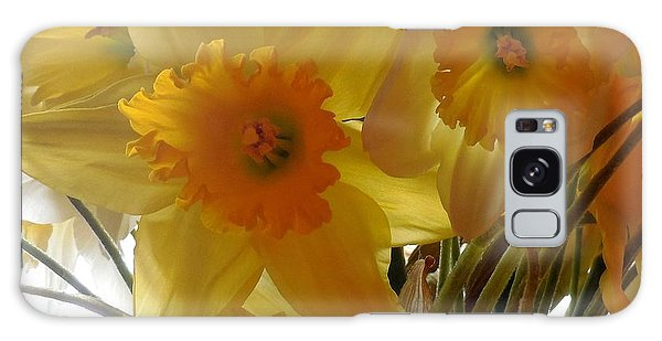 Daffodil Bouquet Galaxy Case