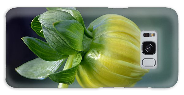 Dahlia Bud. Galaxy Case