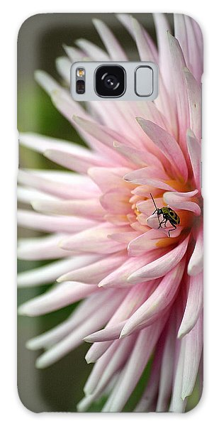 Dahlia Bug Galaxy Case