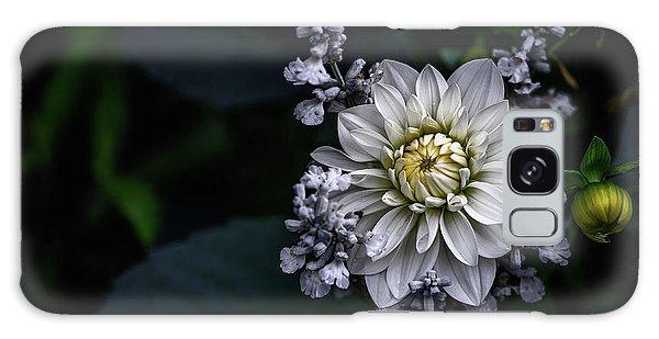 Petal Galaxy Case - Dahlia Flower by Ronny Olsson