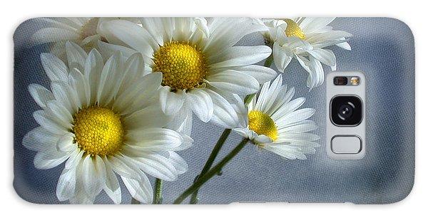 Daisy Bouquet Galaxy Case