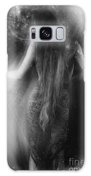 Dancing In The Moonlight... Galaxy Case