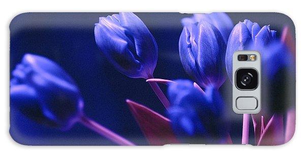 Dark Blue Tulips Galaxy Case