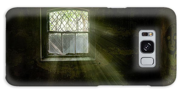 Galaxy Case featuring the photograph Darkness Revealed - Basement Room Of An Abandoned Asylum by Gary Heller
