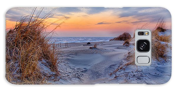Daybreak On The Outer Banks 1 Galaxy Case by Dan Carmichael