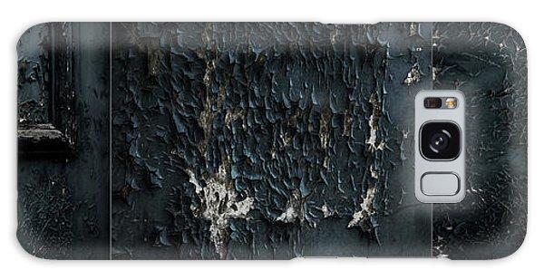 Door Galaxy Case - Decrepit by Gilbert Claes