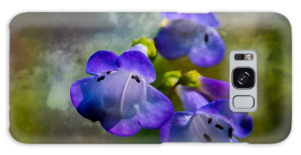 Delicate Garden Beauty Galaxy Case