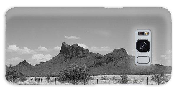 Desert Mountains Black And White Galaxy Case