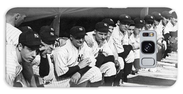 Yankee Stadium Galaxy S8 Case - Dimaggio In Yankee Dugout by Underwood Archives