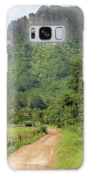 Islands In The Sky Galaxy Case - Dirt Road Passing Through A Field by Panoramic Images
