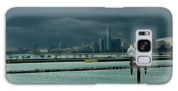 Dramatic Thunderstorm Over Navy Pier Chicago Galaxy Case by Linda Matlow