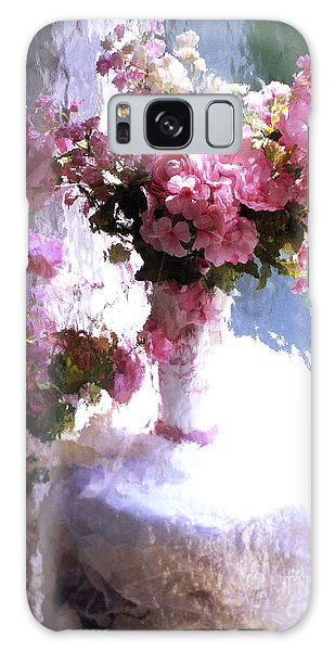 Dreamy Cottage Chic Impressionistic Flowers - Pink Roses Pink Vases Galaxy Case