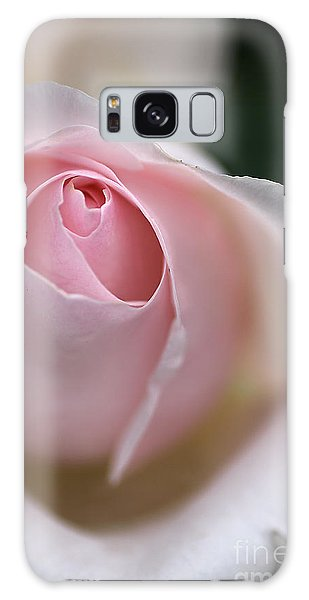 Dreamy Rose Galaxy Case