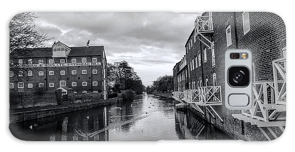 Driffield Refurbished Canal Basin Galaxy Case