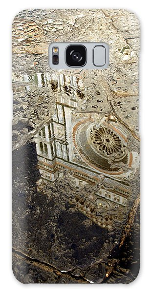 Duomo Reflected In Rain  I I Galaxy Case