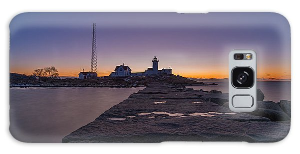 Eastern Point Lighthouse Just Before Sunrise Gloucester Ma Galaxy Case