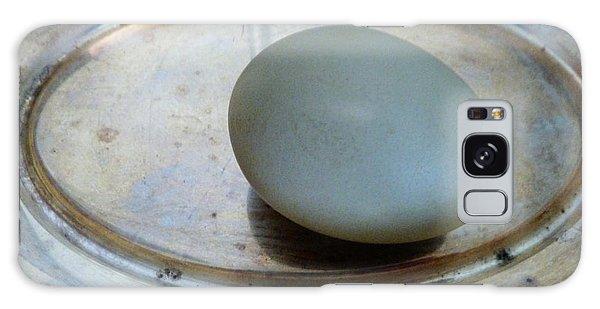 Egg On Silver Galaxy Case