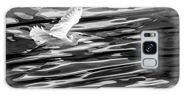 Egret Flying  Galaxy Case