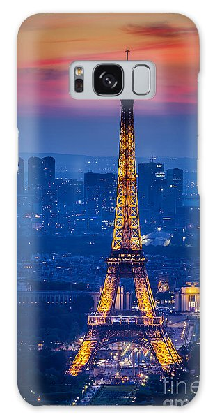 Eiffel Tower At Twilight Galaxy Case