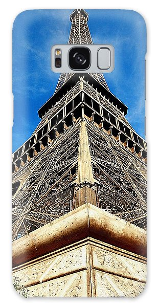 Galaxy Case featuring the photograph Eiffel01 by Gerald Greenwood