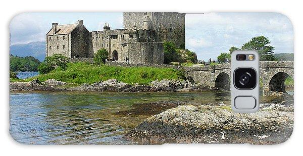 Eilean Donan Castle - Summer Galaxy Case