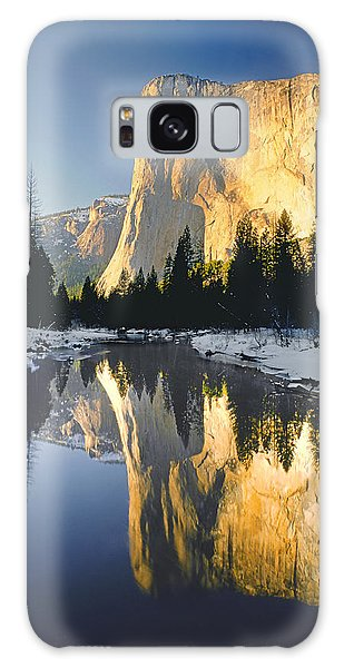2m6542-el Cap Reflect Galaxy Case